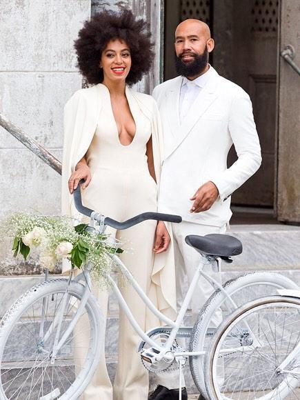 Wonder Bride – Solange Knowles  gets married dressed as a superhero minus the mask